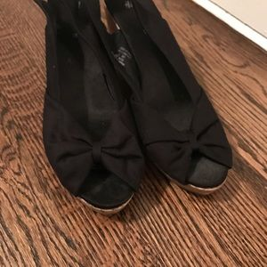 H&M black and cork wedges